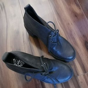 Jeffrey campell oxford lace up heels sz 6.5